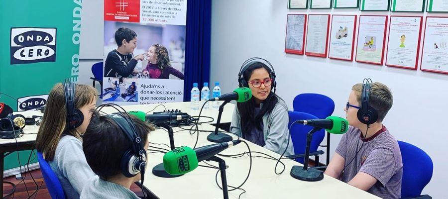 Onda Cero Catalunya organitza un taller de ràdio a l'Hospital de Nens