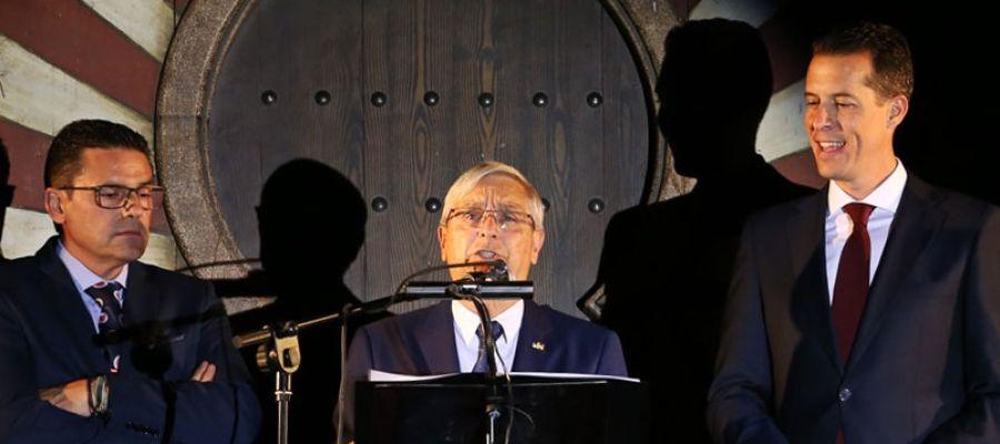 El eldense Pepe Blanes pregonó anoche las fiestas de Moros y Cristianos 2019 de Elda.