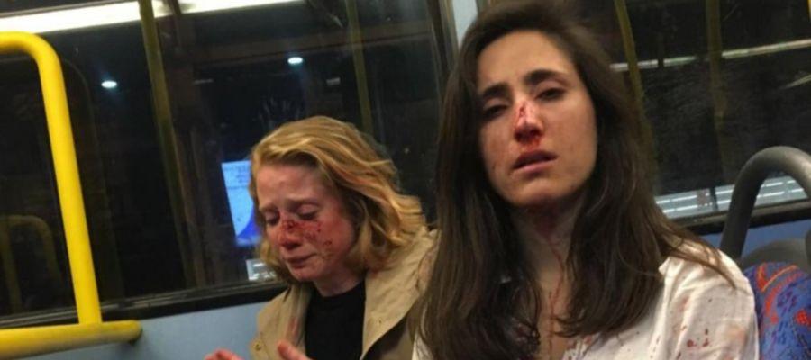 Las dos jóvenes agredidas en un autobús de Londres