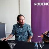 El líder de Podemos Pablo Iglesias, y Pablo Echenique exsecretarío de organización de Podemos