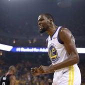 Kevin Durant, durante un partido con los Warriors
