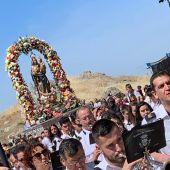 La Virgen de Alarcos ha procesionado alrededor de su Ermita