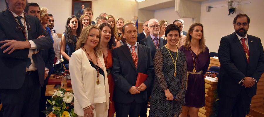 Foto de familia de la nueva corporación del Ayuntamiento de Ciudad Real