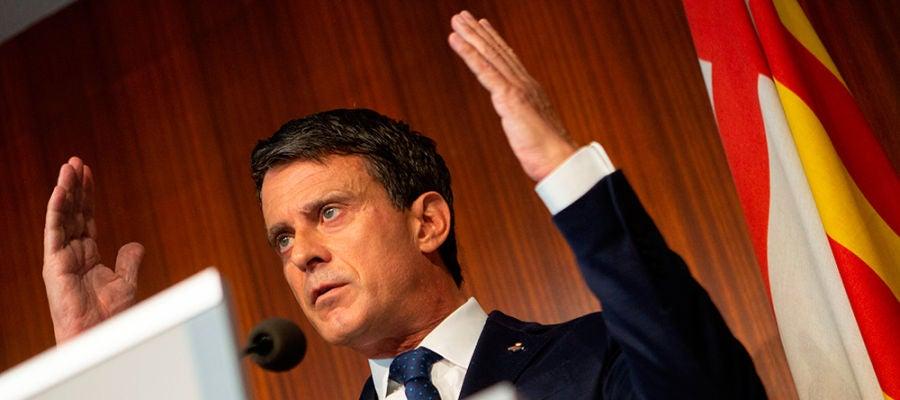 Manuel Valls durante la rueda de prensa en la que ha cargado duramente contra Ciudadanos