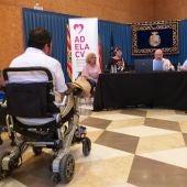 Imagen de una asamblea general de ADELA CV