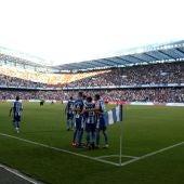 Los jugadores del Deportivo celebran el gol de Cartabia ante el Mallorca