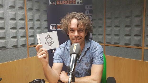 """Gussy presenta su cuarto cd """"Canciones cortas para viajes largos"""""""