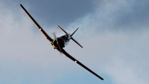 """David Sabat tiene 17 años y es el aviador más joven de España: """"Para los 20 o 21 espero poder pilotar un avión comercial"""""""