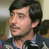 Noticias 2 Antena 3 (24-06-19)  El portavoz económico de Ciudadanos, Toni Roldán, deja el partido tras el acercamiento a Vox