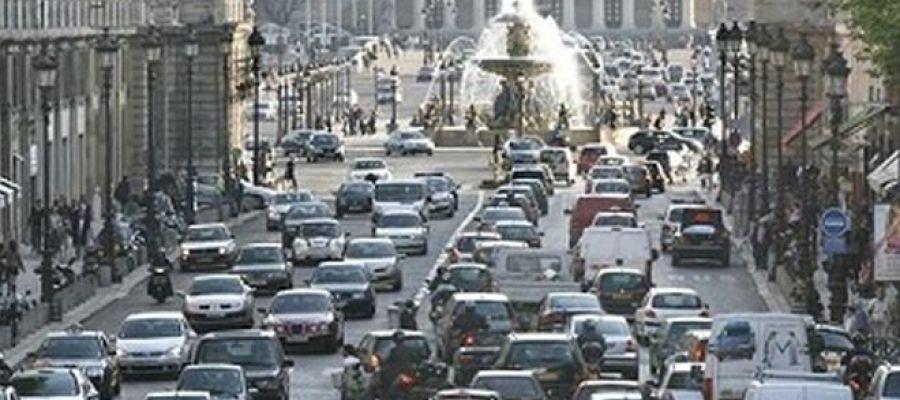 París, circulación de vehículos.