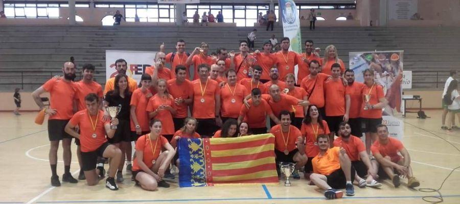 La selección valenciana de natación, campeona de España en 2019.