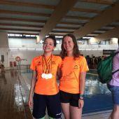 Marina Román y Amy Connolly, representantes del Elche Club Natación en el Campeonato de España de Natación con Aletas.