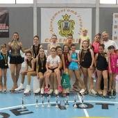 Catorce patinadores representaton al Club Siluetas Elche en Concentaina.
