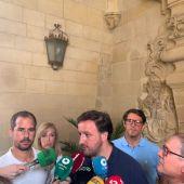 Pablo Ruz, portavoz del PP de Elche en una comparecencia ante medios de comunicación.
