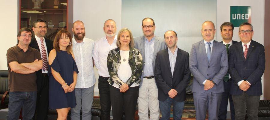 Reunión de Perez Jacome con rector da UNED