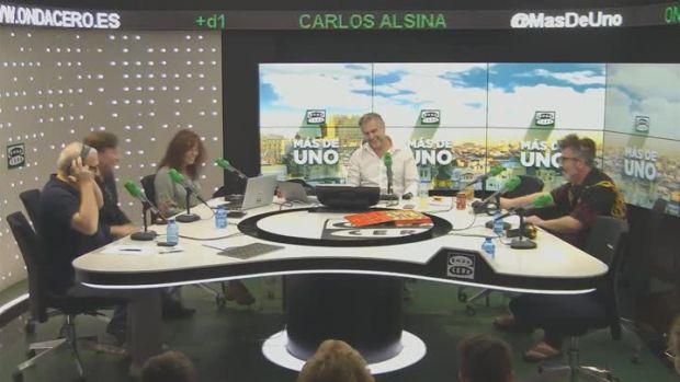 HUMOR | Carmen Calvo y su whatsapp junto a los Ovnis irrumpen en el estudio de Más de uno