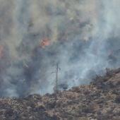 A3 Noticias 2 (12-08-19) El incendio en la isla de Gran Canaria se mantiene activo y avanza sin control por el fuerte viento