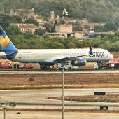 Una aeronave de Condor aterriza de emergencia en Son Sant Joan tras dañarse el sistema de aterrizaje