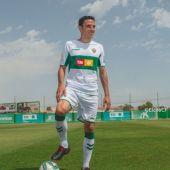 El centrocampista Ramón Folch, uno de los seis fichajes realizados por el Elche CF.