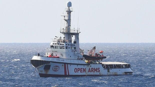 Tertulia: 6 países europeos acogerán a los migrantes del Open Arms