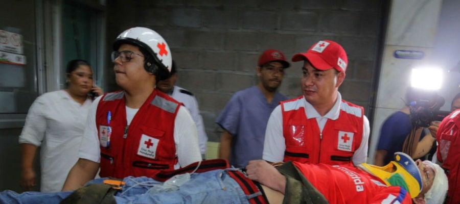 (18-08-19) Al menos tres muertos y una docena de heridos tras el ataque a un autobús de un equipo de fútbol en Honduras