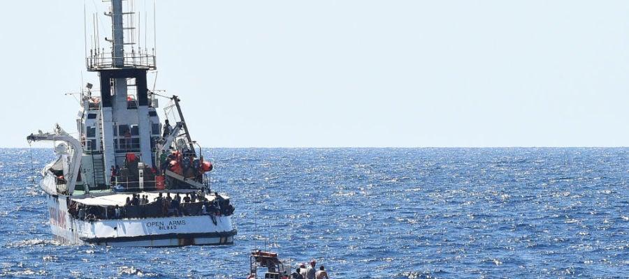 A3 Noticias 2 (21-08-19) El Open Arms podría enfrentarse a una multa de 901.000 euros por haber retomado los rescates en el Mediterráneo