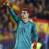 Kepa, en un partido con la Selección española.