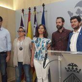 Neus Truyol, respaldada por parte del equipo de gobierno de Cort.