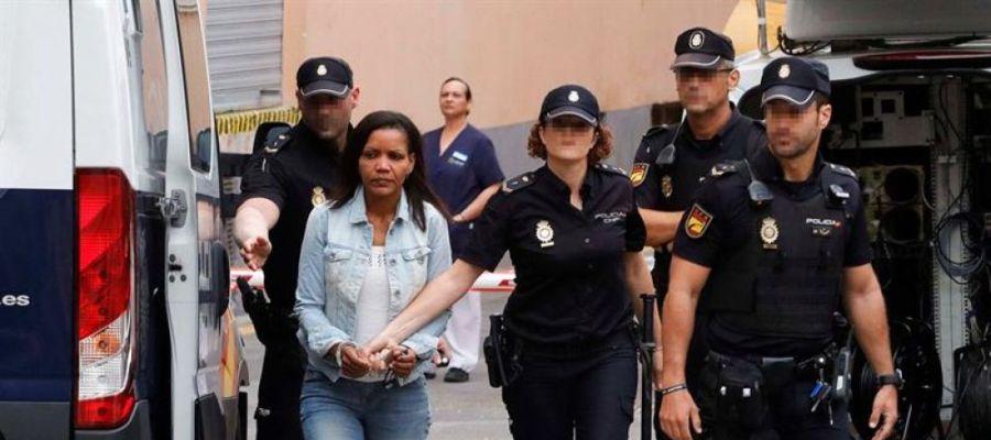 """Noticias 1 Antena 3 (11-09-19) Ana Julia Quezada dijo a los investigadores que no miraran en el maletero: """"Sólo hay un perro"""""""