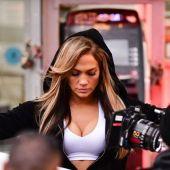 Jennifer López, en una imagen del rodaje de la película 'Hustlers'