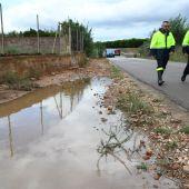 L´alcalde José Benlloch i el cap de la Policia Local José Ramón Nieto han supervisat les zones més afectades pel temporal.