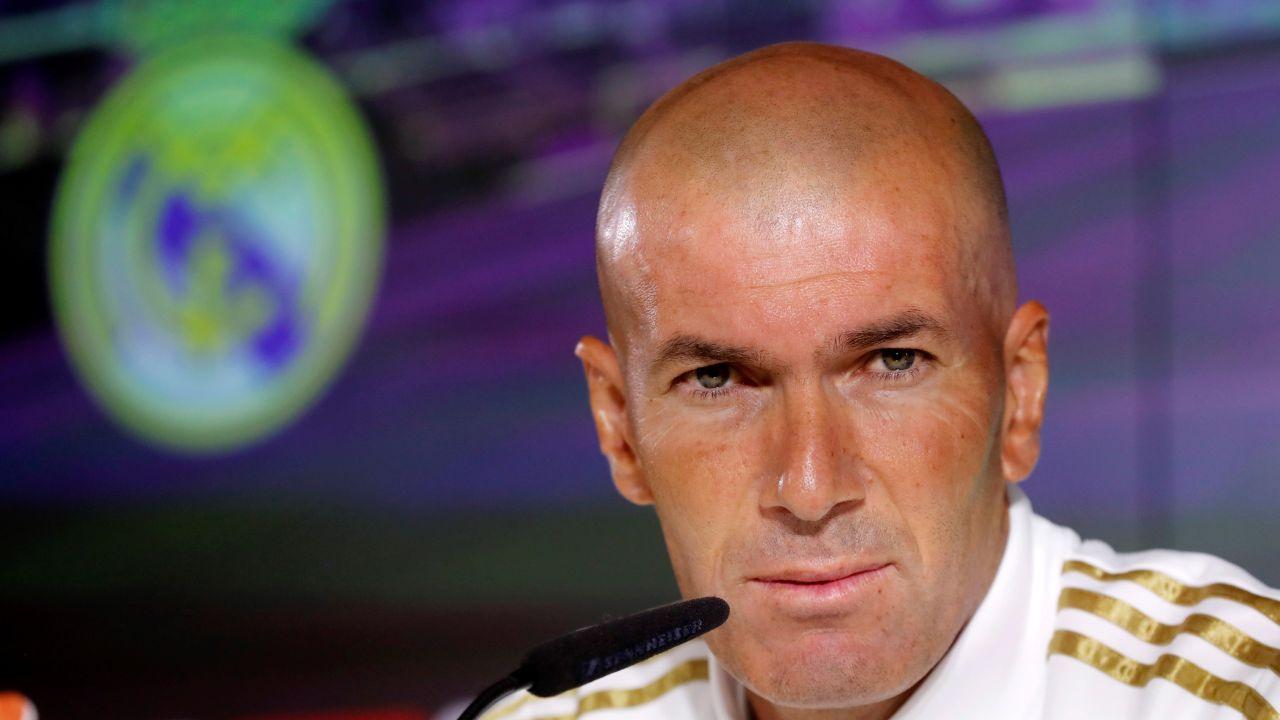 """Zidane: """"Quiero a Benzema siempre en mi equipo"""""""