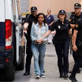 Ana Julia Quezada a su llegada a los juzgados