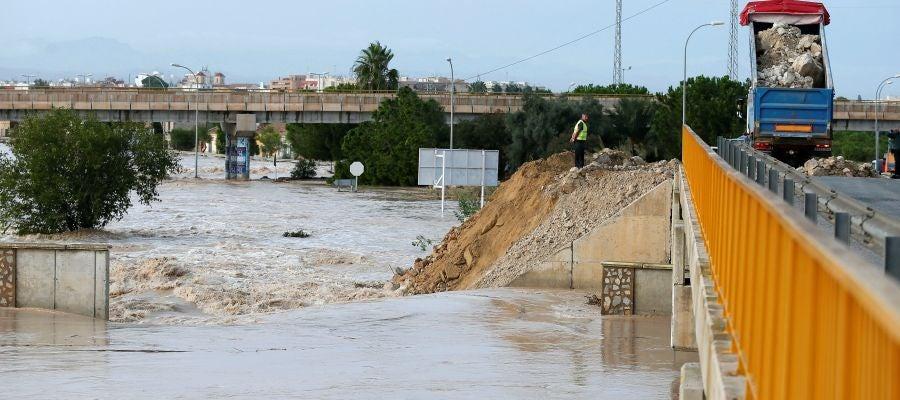 El paso de la gota fría por Alicante.