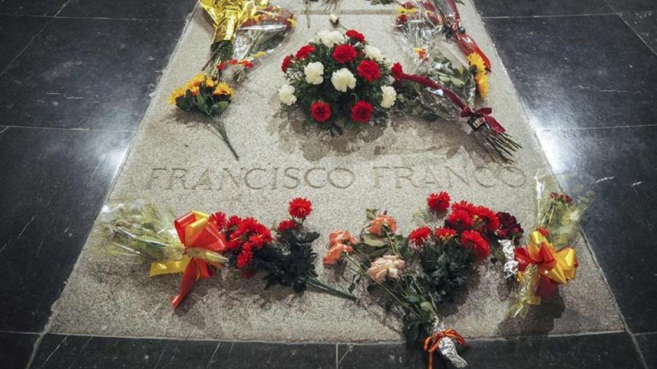 El Supremo dice al Gobierno que puede entrar al Valle de los Caídos para exhumar a Franco