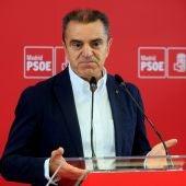 El exsecretario general del PSOE-M, José Manuel Franco, durante la rueda de prensa ofrecida este martes
