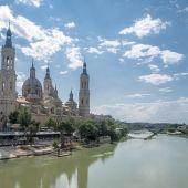 El Ebro a su paso por la Catedral-Basílica de Nuestra Señora del Pilar
