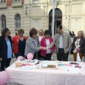AMUMA ha instalado varias mesas petitorias en Ciudad Real