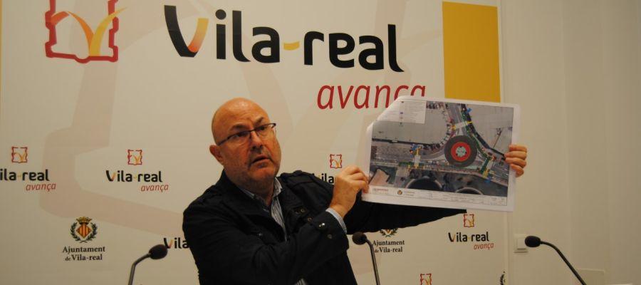 El regidor d´Urbanisme, Emilio Obiol ha presentat el pla de modernització i millora de les àrees industrials.