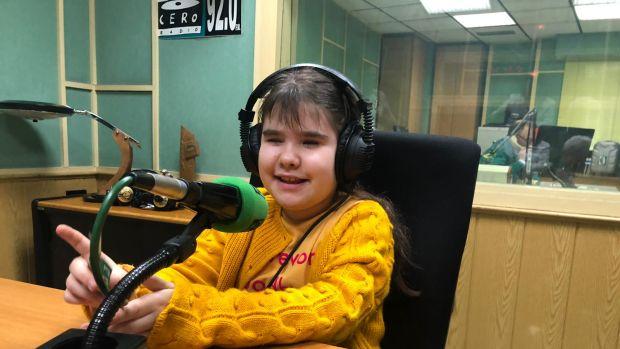 La conmovedora historia de Selena, una niña ciega con un don especial para la música