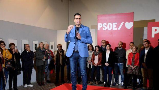 """Sánchez a Torra: """"Haga una llamada en Cataluña a la convivencia y a  defender a las fuerzas de seguridad del estado"""""""