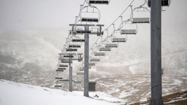 Este jueves, lluvias y nevadas en la Península por el desplome de las temperaturas