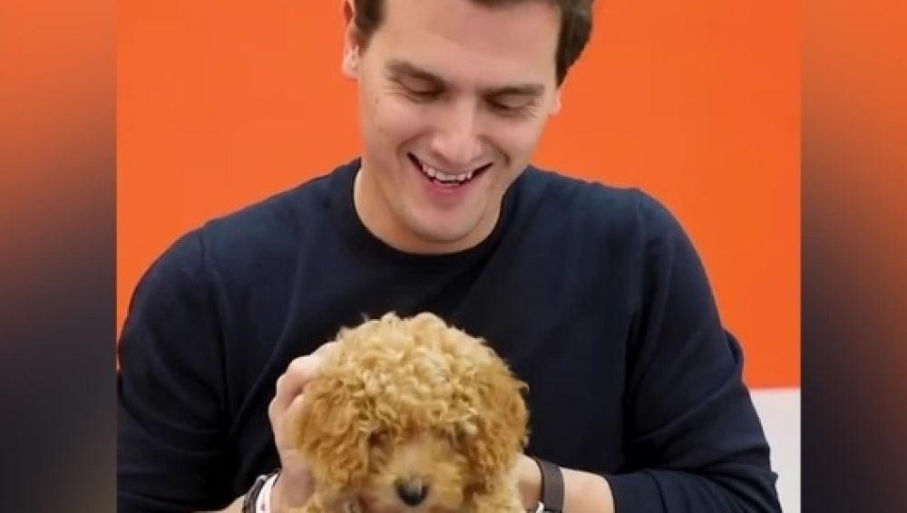 Albert Rivera y el perro Lucas
