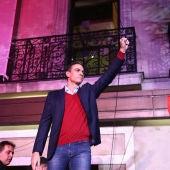 Pedro Sánchez celebra los resultados en Ferraz