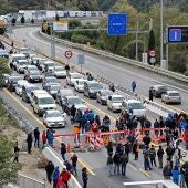 La autopista que enlaza España y Francia en el paso de La Jonquera