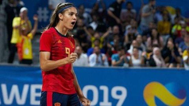 Así es Carol González, la mejor jugadora de fútbol playa del mundo