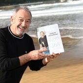 Karlos Arguiñano con su libro