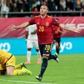 Santi Cazorla vuelve a marcar con España
