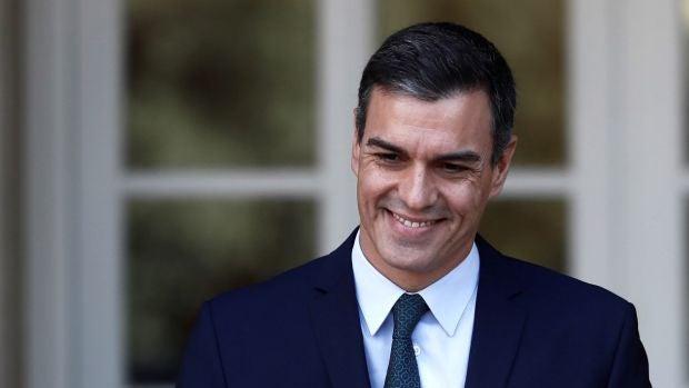 Las preguntas de Rubén Amón: ¿Qué sentido tiene esta pregunta si se hurta a los militantes la cuestión del apoyo soberanista y los pormenores del pacto?