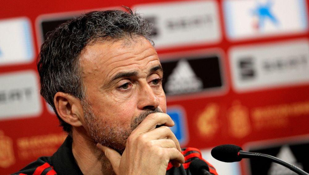 Luis Enrique en una rueda de prensa con la Selección Española